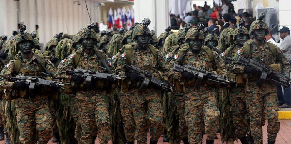 28 de noviembre, entre militarismo y civilismo