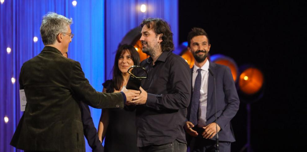 Lacuesta gana su segunda Concha de Oro y argentino Naishtat una de plata