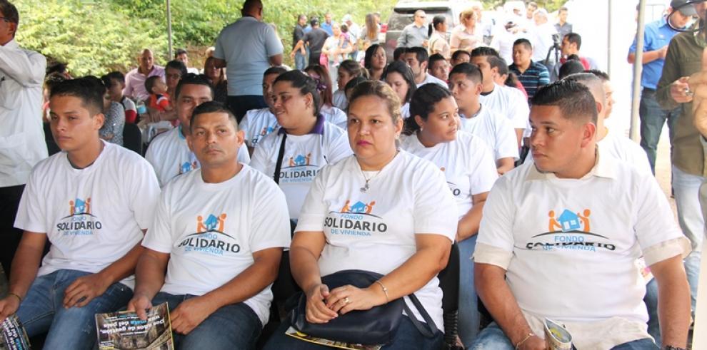Miviot entregó más de 500 certificados del Bono Solidario de Vivienda