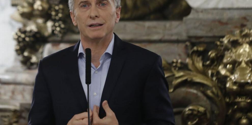 'Panama Papers' complican a Macri
