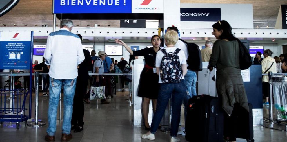 Crisis en Air France y KLM tras huelga salarial