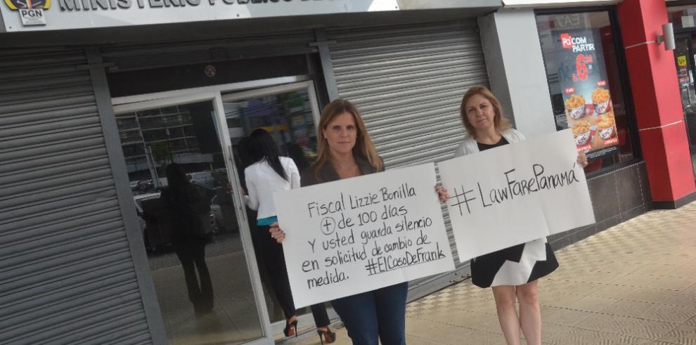 Esposa de Frank De Lima acude al MP para exigir respuestas