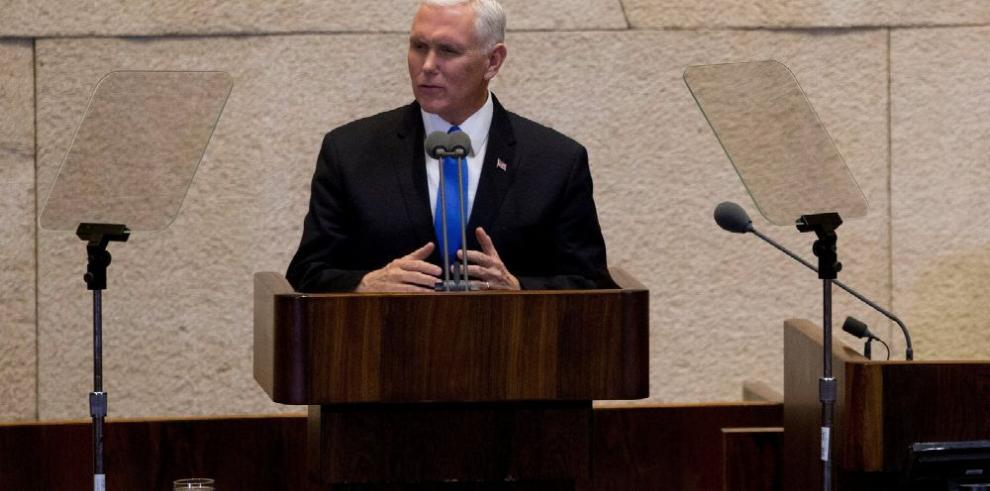 Pence exhorta a los palestinos a buscar diálogo