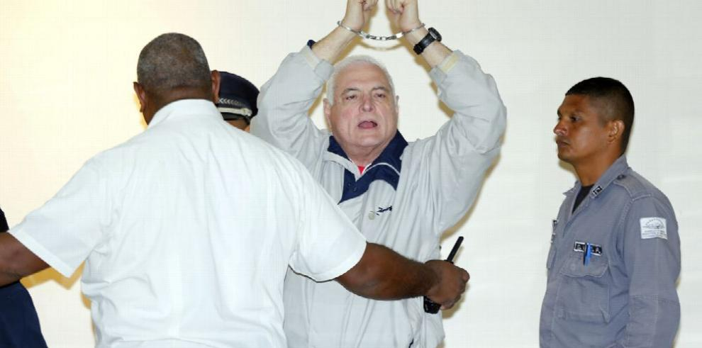 Parlacen devuelve renuncia de Martinelli por no cumplir requisitos