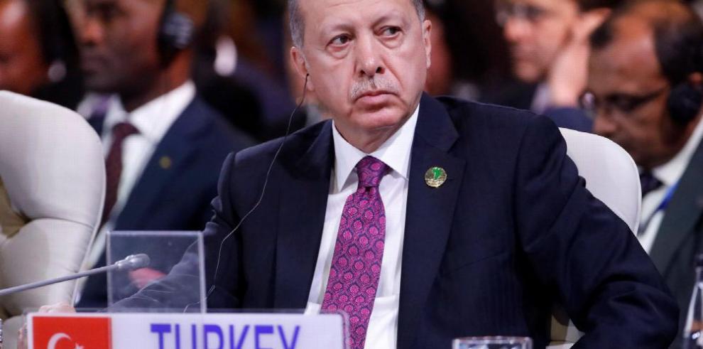 Erdogan propone cumbre sobre Siria