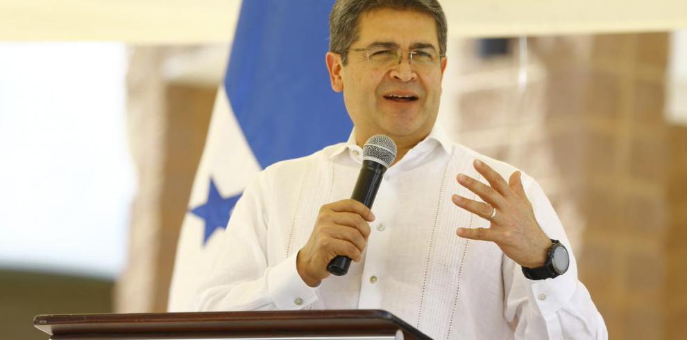 Presidente de Honduras dice detención de su hermano en EEUU es