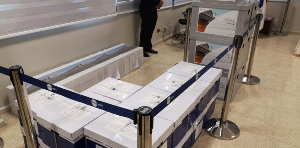 España investiga dos empresas que licitan con el Metro de Panamá