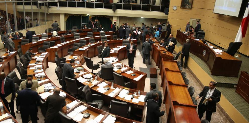 Oposición a proyecto de la APP paraliza debate