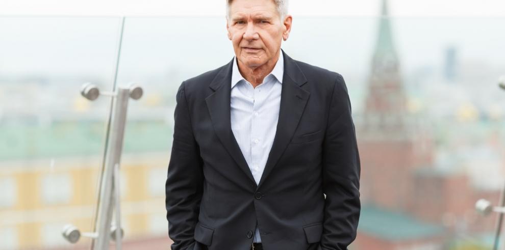 Harrison Ford rinde homenaje a la desaparecida Carrie Fisher