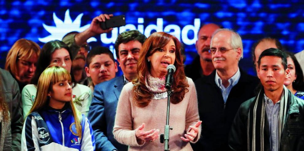 Expresidenta argentina es citada por la justicia