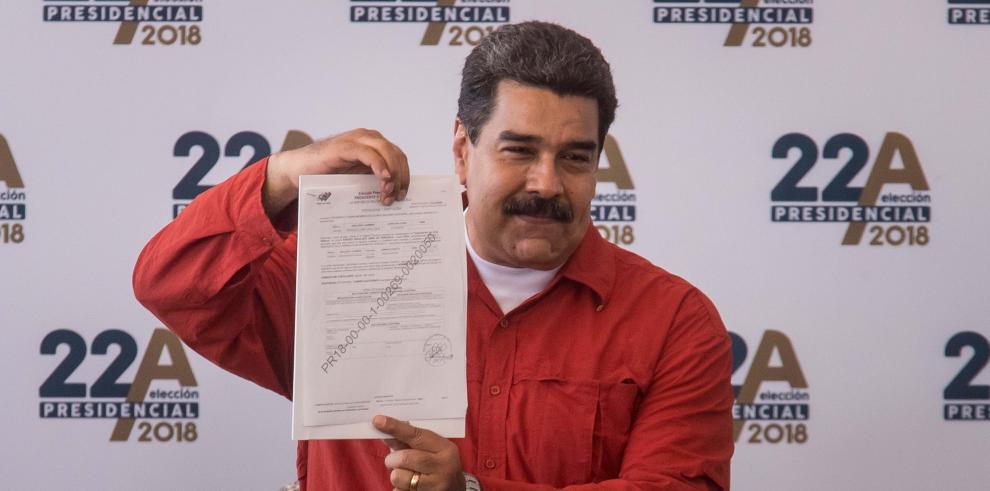 Maduro formaliza ante ente electoral su candidatura a reelección en Venezuela