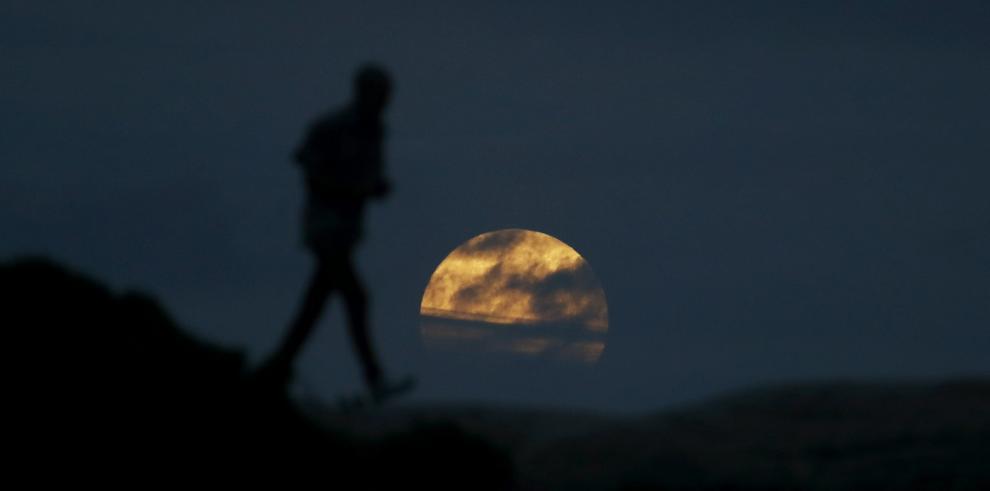 La superluna en diferentes partes de mundo