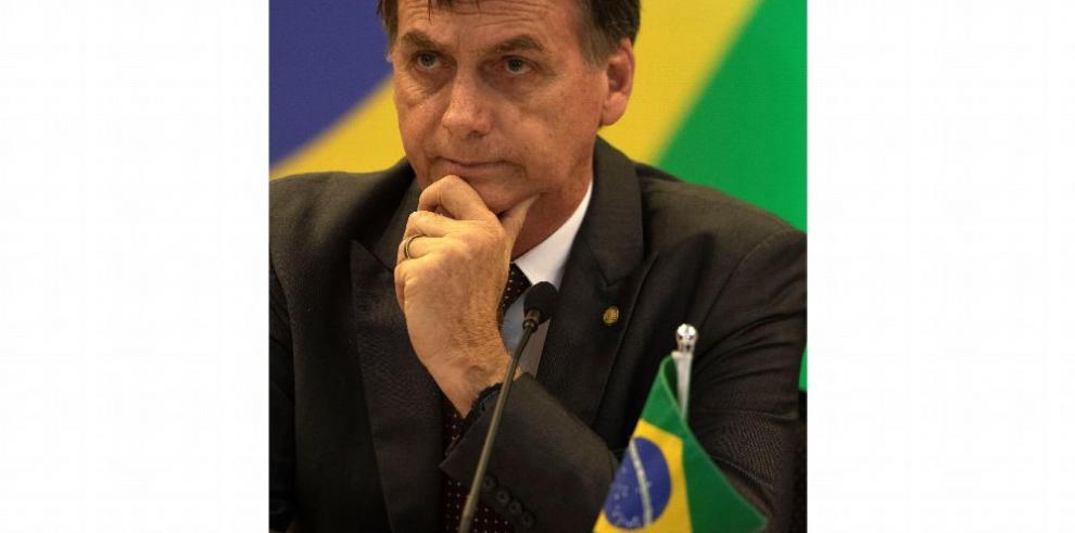 Bolsonaro no admitirá a médicos cubanos