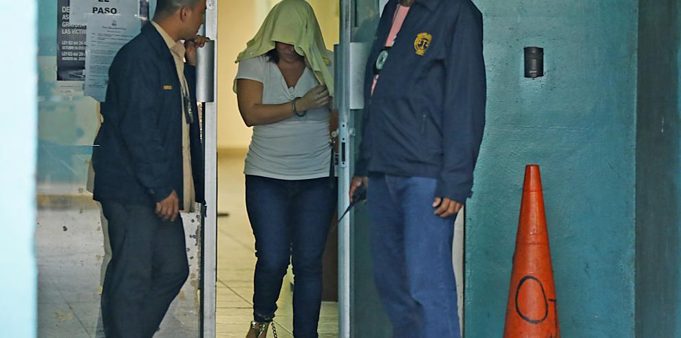 Imputan cargos de asociación ilícita y homicidio a abogada Saucedo