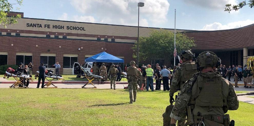 Tiroteo en colegio de Texas deja 10 muertos