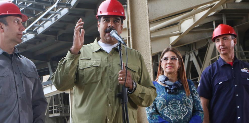 Maduro pide a la UE y a EE.UU.