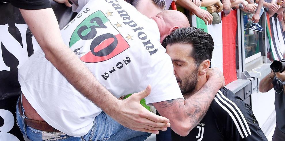 Gianluigi Buffon disputa el último partido de su carrera