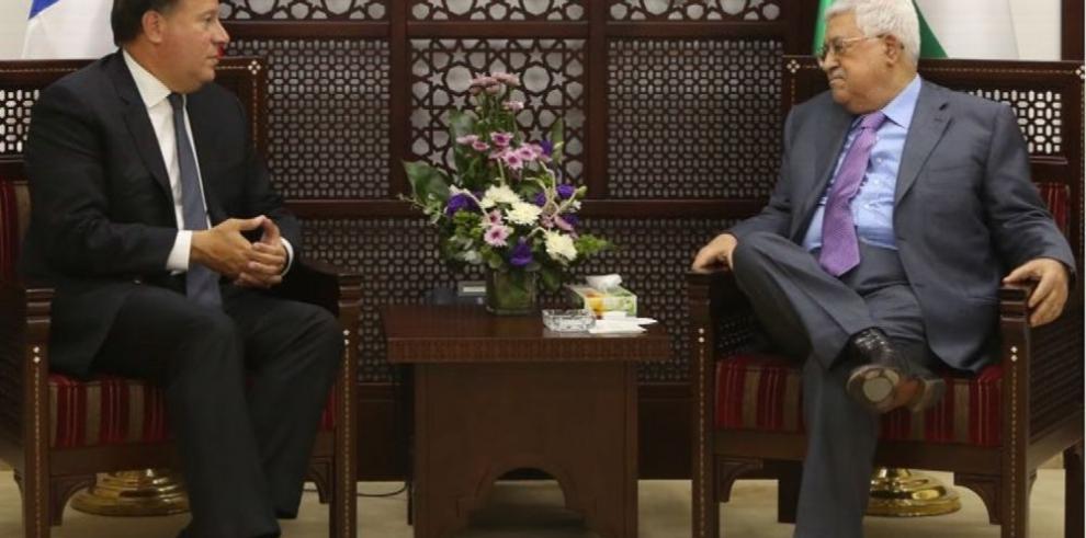 Varela retorna hoy a Panamá tras visita a Israel e Inglaterra