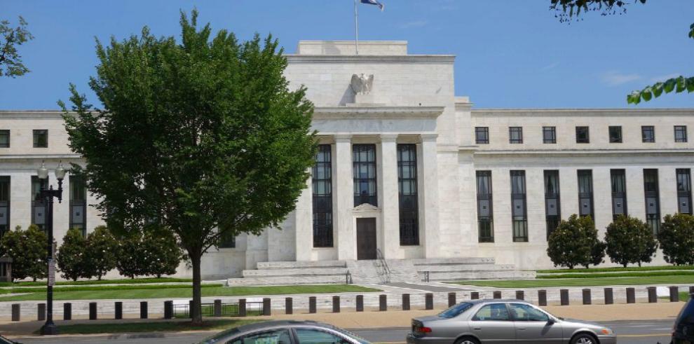 La Fed inicia reunión en medio de ataques de Trump