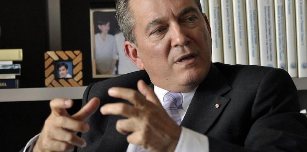 Cortizo y Varela enfrentados por política migratoria y apoyo al sector agro