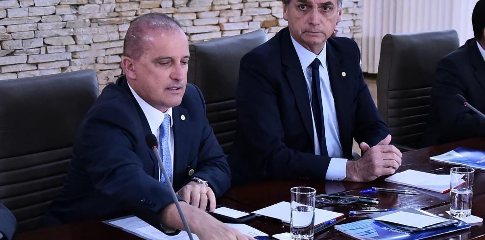Bolsonaro reúne a los ministros con que