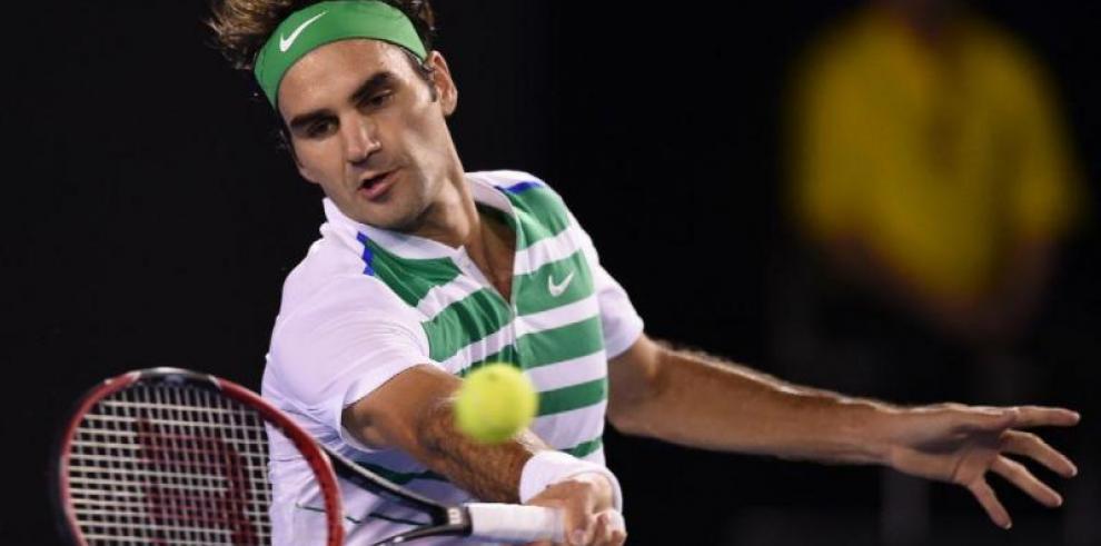 Federer sentencia a Gasquet en tres sets