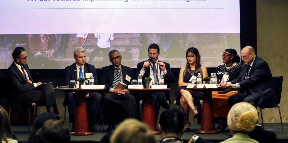Alcalde de Quito recuerda en Kuala Lumpur nivel de emisión de CO2