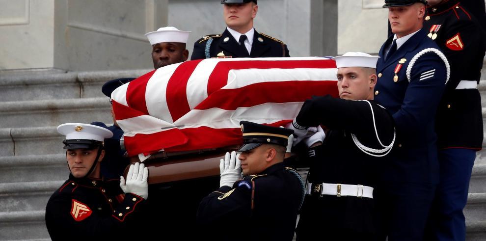 EE.UU. y sus líderes políticos dan el adiós a Bush
