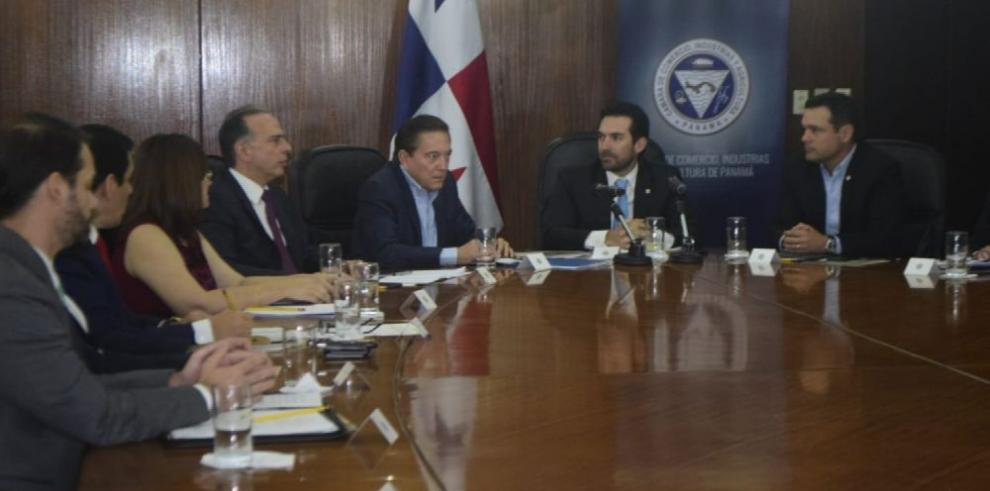 Laurentino 'Nito' Cortizo examina agenda país con el sector empresarial