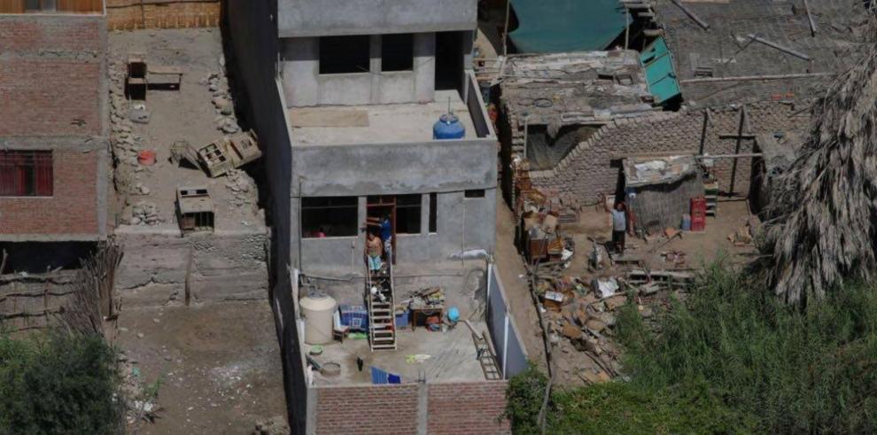 Gobierno peruano reajusta a un muerto y 65 heridos cifra de víctimas de sismo