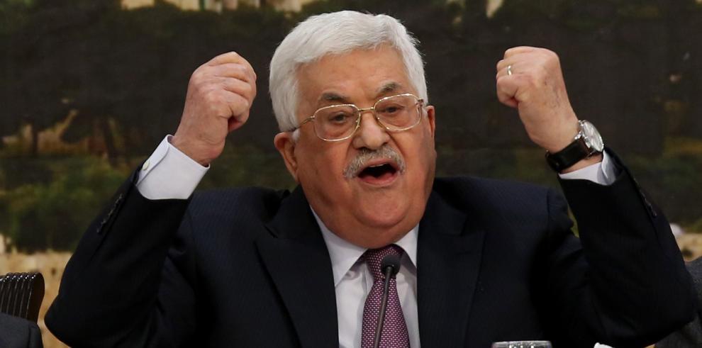 Abás pide a OLP reconsiderar Acuerdos de Oslo a los que Israel ha puesto fin