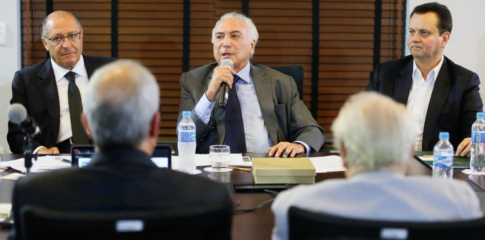 Michel Temer decide intervenir la Seguridad Pública de Río de Janeiro