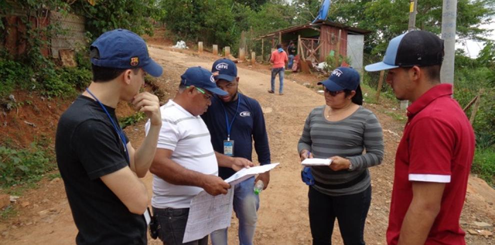 Miviot legalizará terrenos de la comunidad La Mireya, en Las Garzas