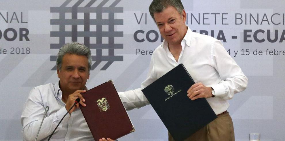 Quito y Bogotá firman acuerdo migratorio