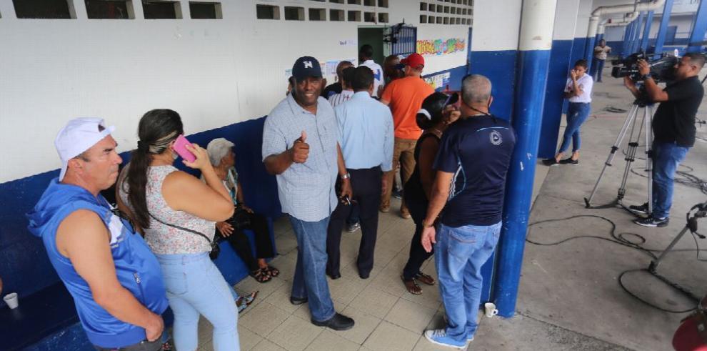 El 'no a la reelección' y su efecto en las primarias del PRD
