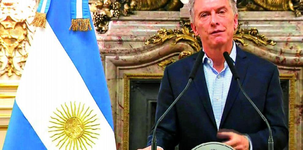 'Fue superada la turbulencia cambiaria', Macri