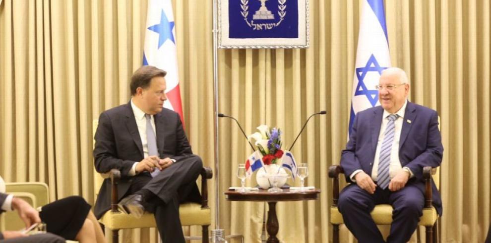 Varela arribó a Israel; hoy se reúne con Netanyahu