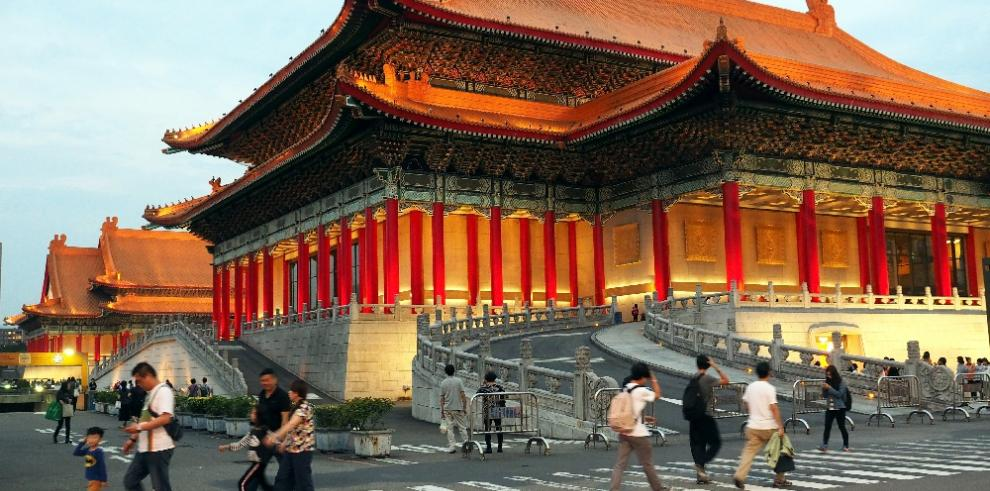Tasa de desempleo en Taiwán baja 3.66% en marzo