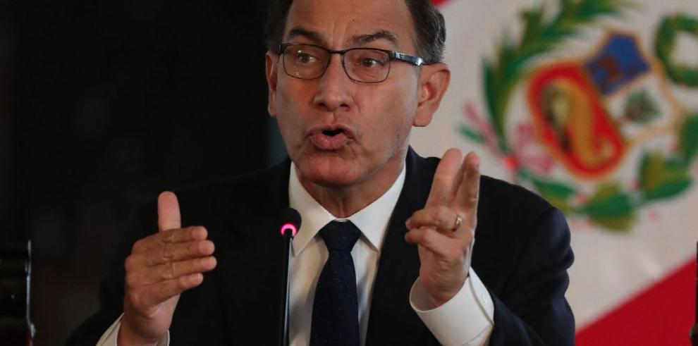 Presidente de Perú critica rumores de un golpe de Estado