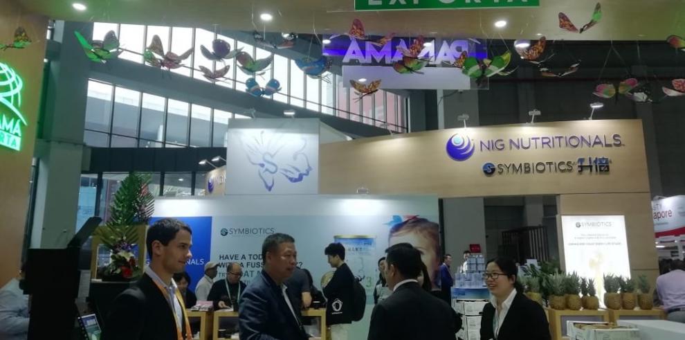 Varela llega a China, para participar en la feria comercial de Shanghái