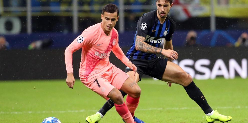 El Barça empata en Milán y se asegura el pase a octavos de final