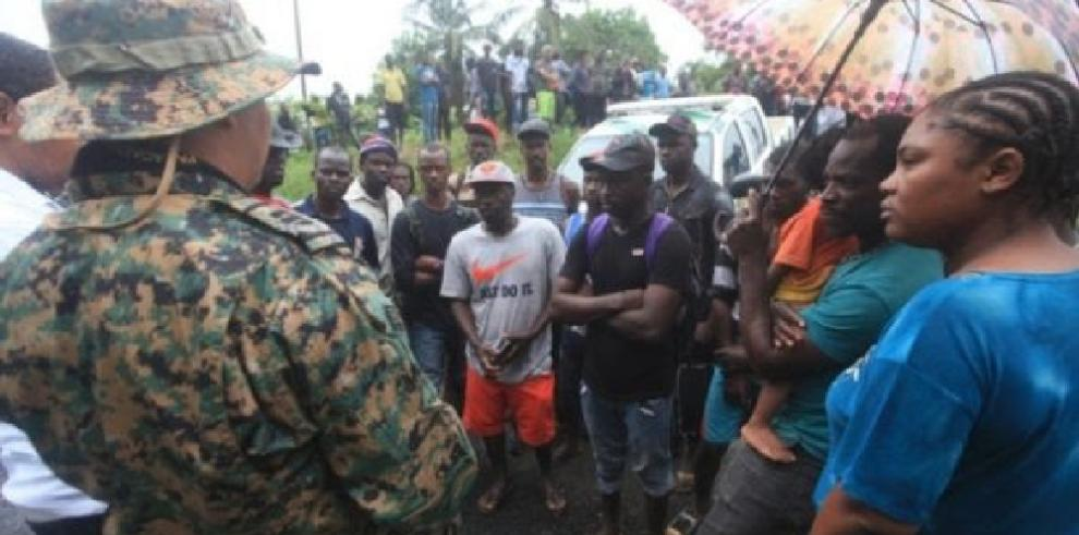 Senafront detiene a extranjera acusada de traficar inmigrantes