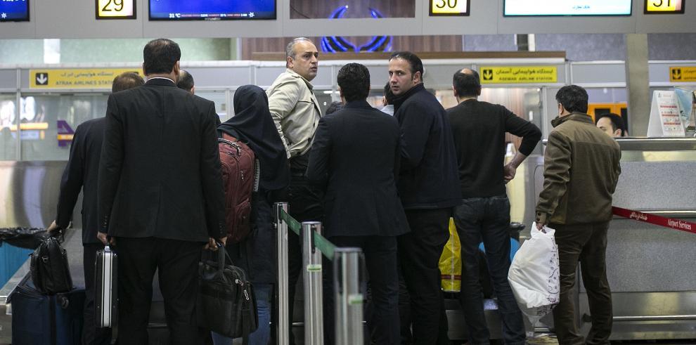 La búsqueda del avión siniestrado en Irán sigue sin dar resultado