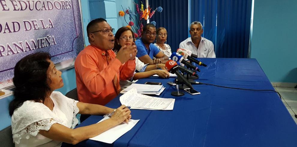 Gremios magisteriales advierten que escuelas no iniciarán clases