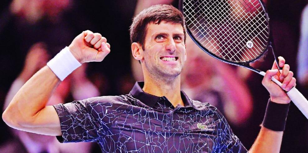 Djokovic supera a Khachanov y busca IV título en Abu Dabi