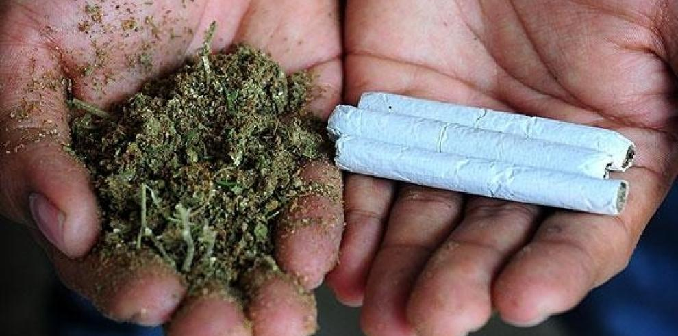 Venden por $11 mil un cigarro de marihuana envuelto en papel de oro