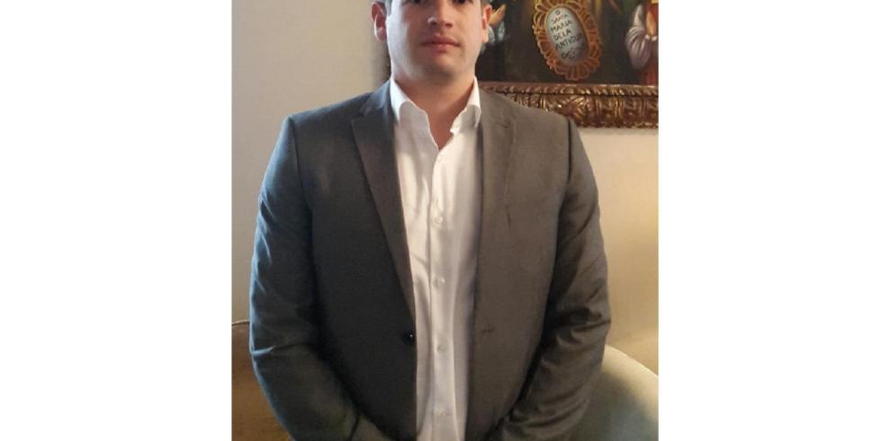 Presidente Varela nombró tercer actuario en la Caja de Seguro Social