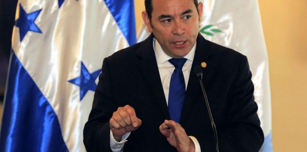 Cierran caso de abuso sexual contra presidente Morales en Guatemala
