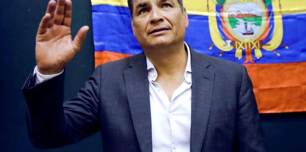 Correa no ha pedido asilo en Bélgica, pero lo 'estudia'