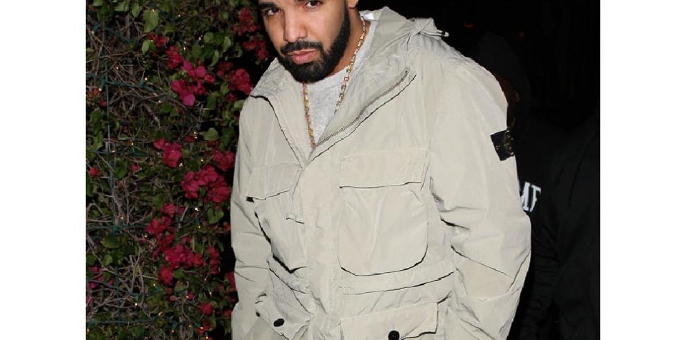 Drake saca a relucir por primera vez su lado más paternal en Instagram